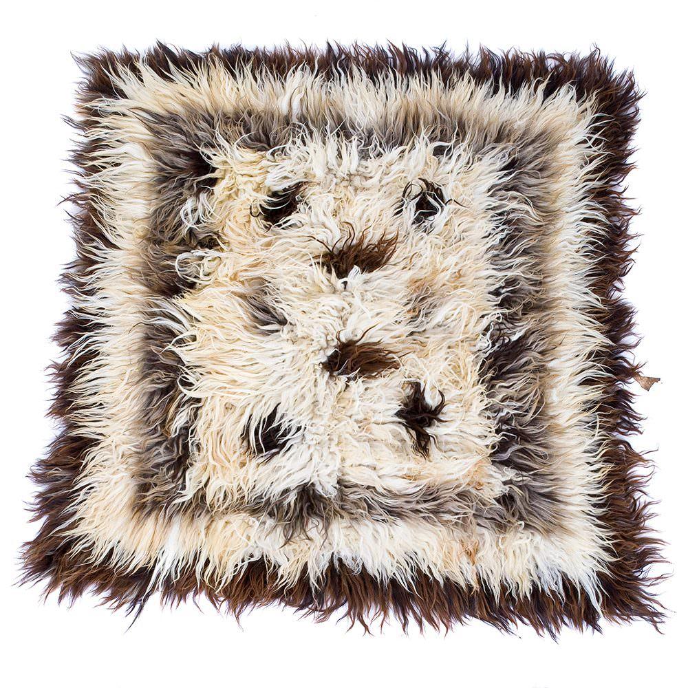 Ručně vázaný koberec Chalište ze světlé a tmavé vlny I