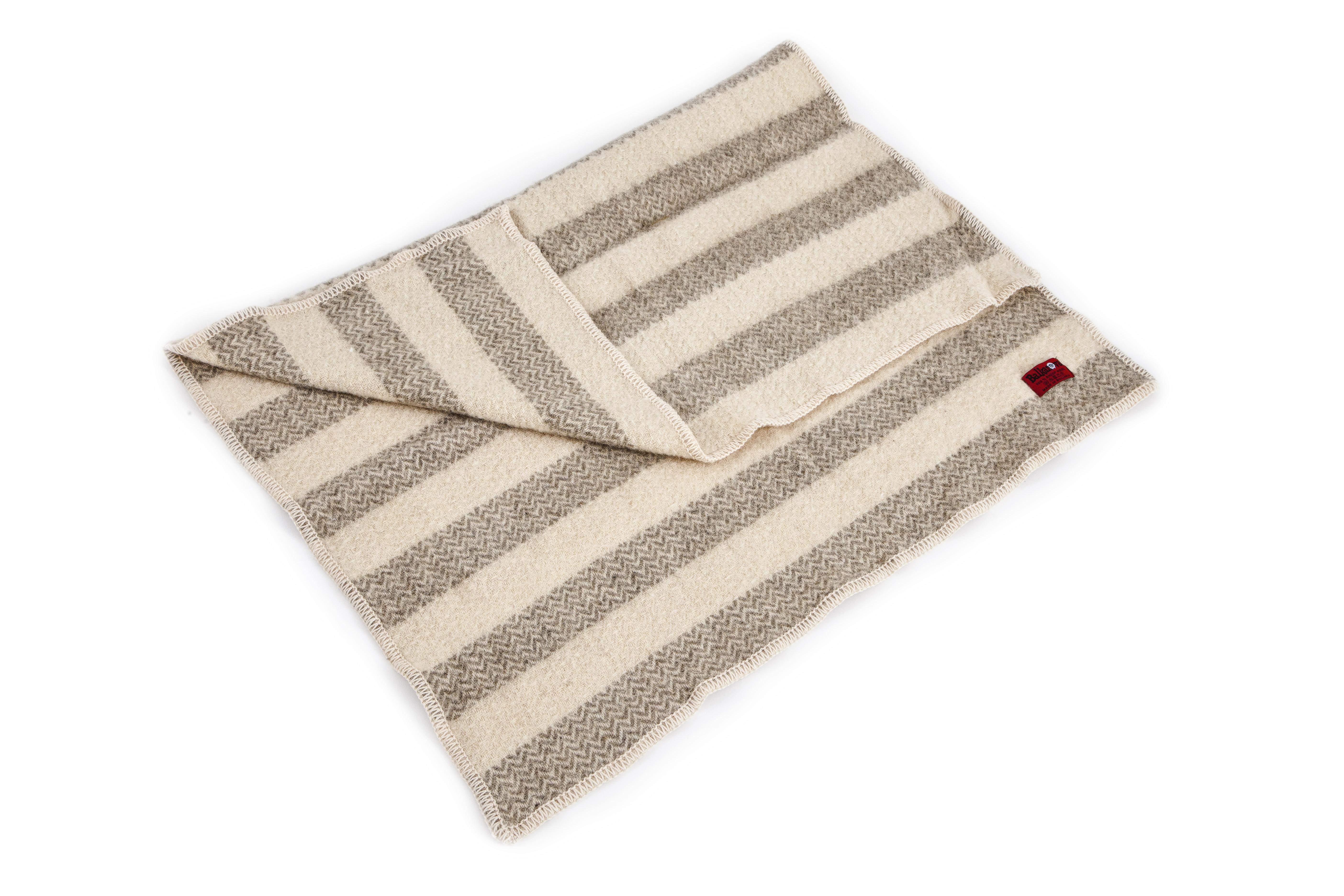 Woolen Blanket Karandila XIII small size
