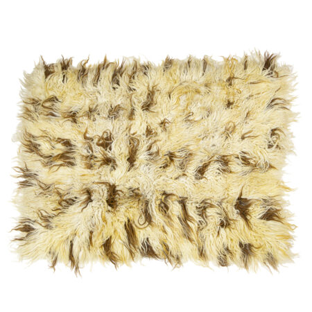 Ručně vázaný koberec Chalište z jantarově bílé vlny se světle hnědými čárkami