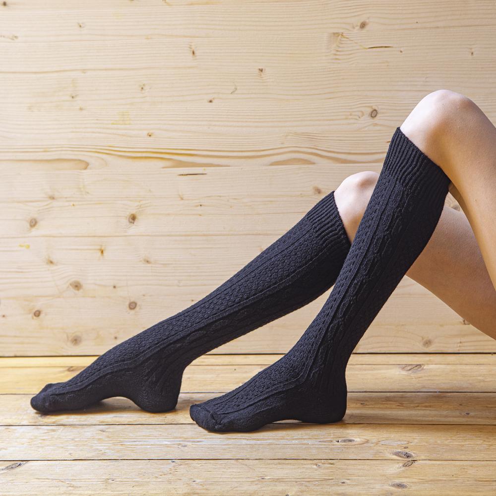 Knee socks 80% wool, patterned, black